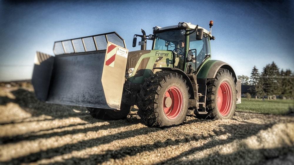 slider_2_traktor_klein
